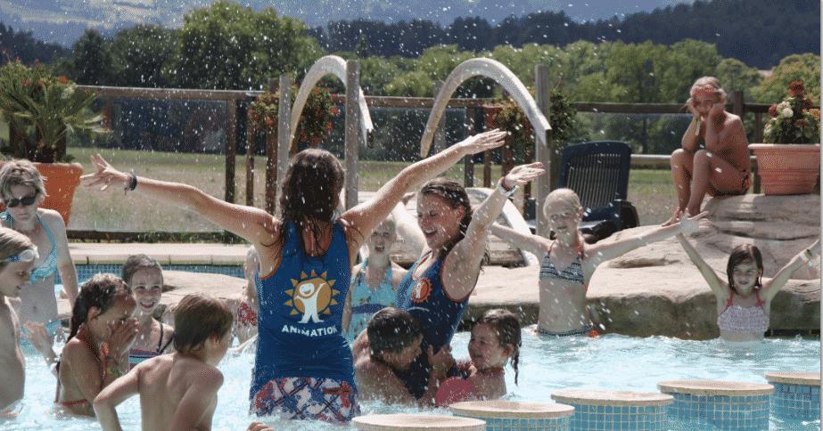 Animatieteam splashdance Camping Zuid-Frankrijk