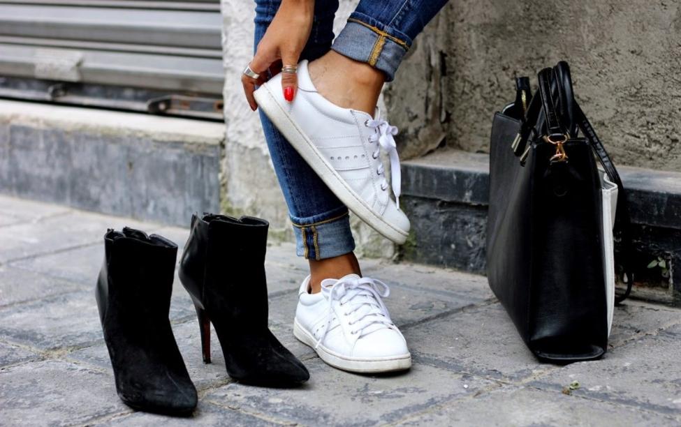 İşe Giderken Spor Ayakkabısı Giymek İsteyenler Buraya!