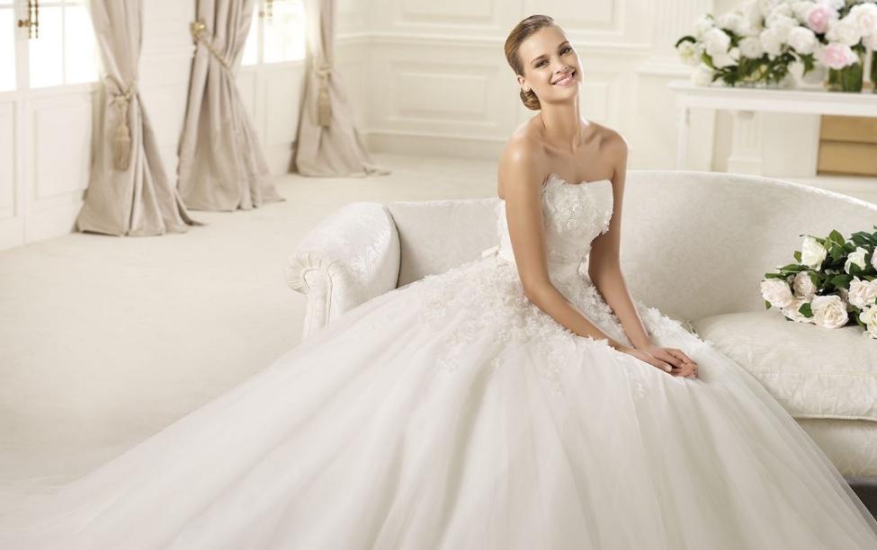 Düğünden Sonra Gelinlik Temizliği Nasıl Yapılır? Nasıl Saklanır?