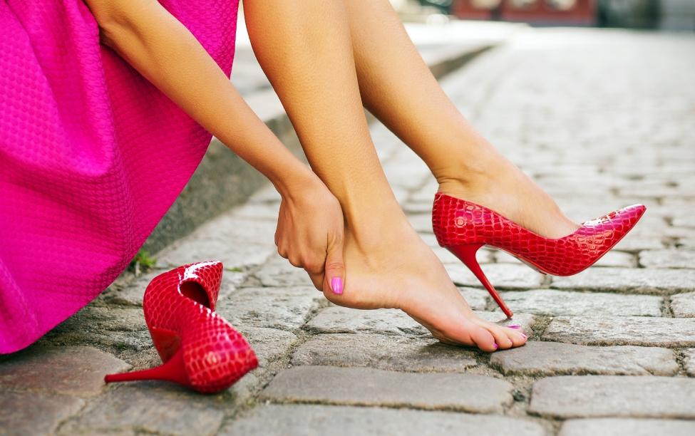 Topuklu Ayakkabılarla Rahat Yürüme Rehberi