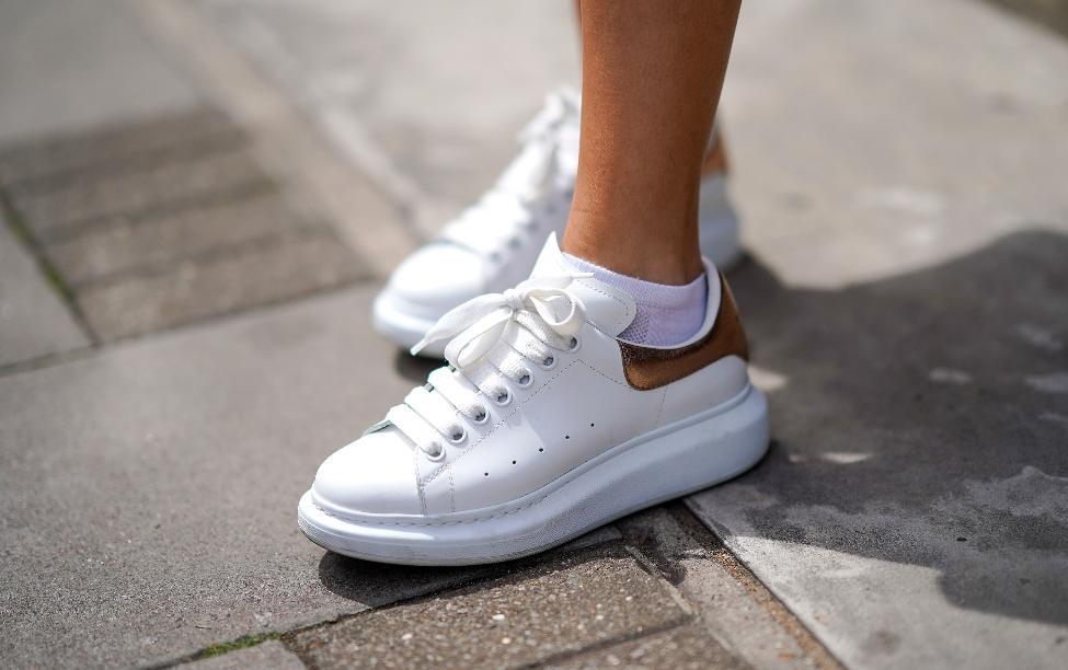 Alexander McQueen Sneaker'ları Tercih Eden 5 Ünlü