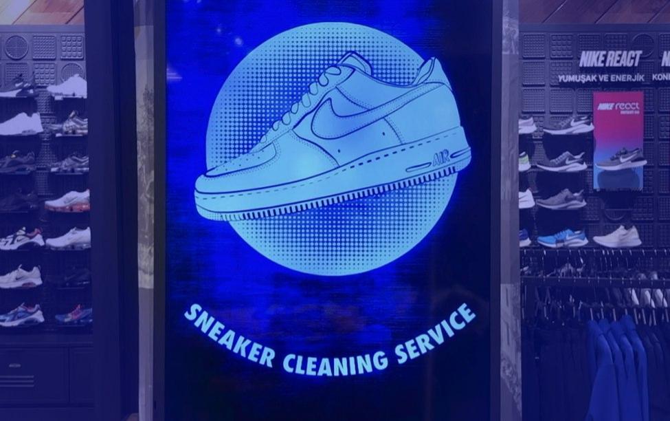 Sneaker Temizleme Servisi -                     Nike Zorlu Mağazasında