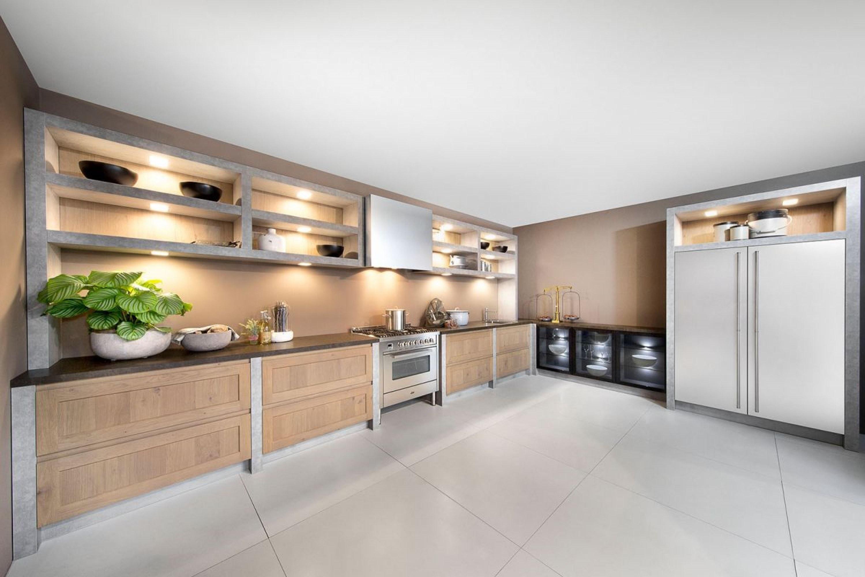 Industriële stoere houten keuken met beton accenten