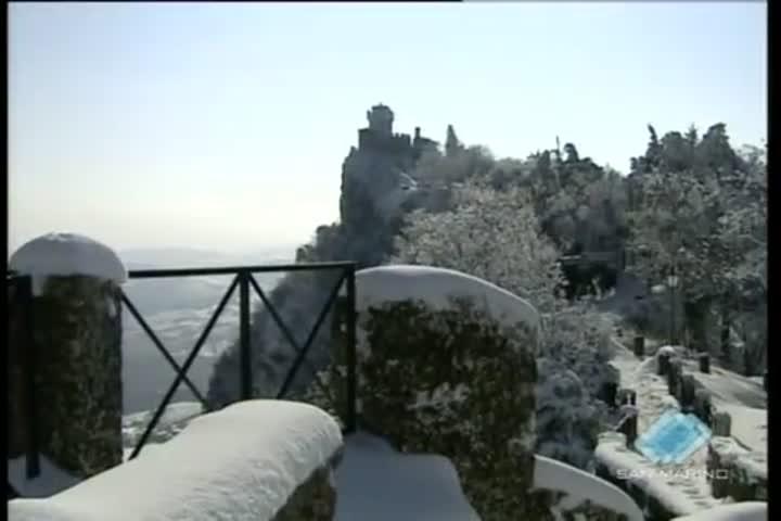 San Marino, la neve...un'incanto