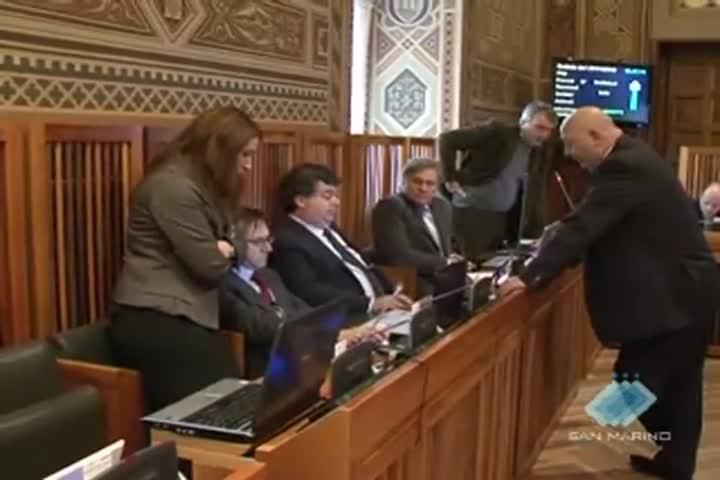 Consiglio, forze politiche divise sulla legge di Bilancio 2011