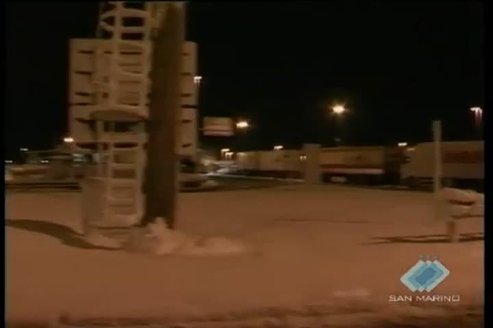 Neve: notte d'inferno per gli automobilisti in viaggio