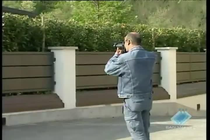 Due bombe molotov lanciate in pieno giorno nell'abitazione di Mario Bianchini