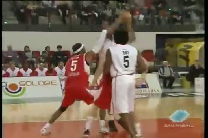 Basket. Nel turno infrasettimanale di Lega 2, la Crabs Rimini ospita Venezia