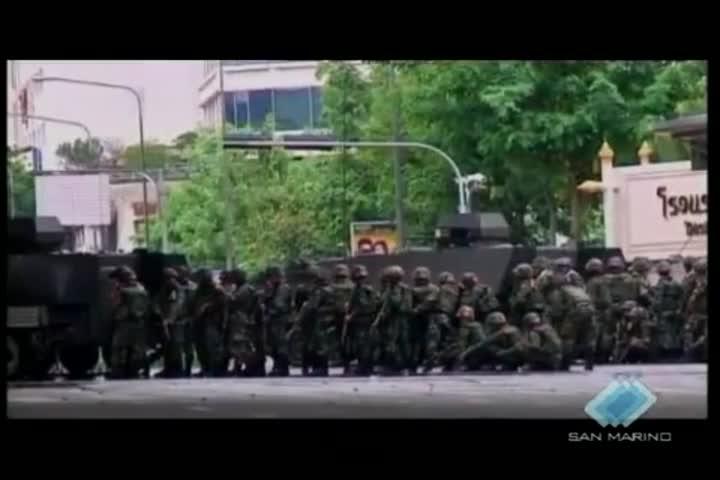 Bangkok: perdono la vita 6 persone fra loro il fotoreporter italiano Fabio Polenghi
