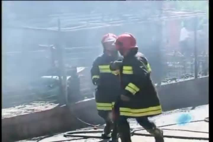 Incendio questa mattina in una abitazione nel centro di Serravalle