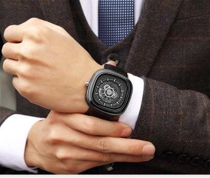 ساعة يد رجالية من مونيتي