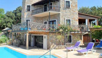 Bitez'de Günlük Kiralık Özel Havuzlu Villa