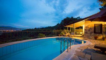Doğa Harikası Gökova'da Özel Ve Korunaklı Havuzlu Villa