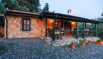 Gökova Körfez Manzaralı Korunaklı Havuzlu Villa