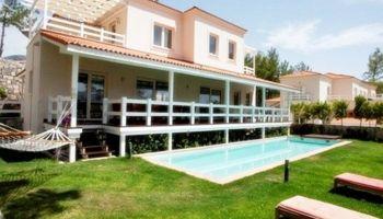 Göcek'te Dağ Yamacında Özel Havuzlu 5+1  Villa
