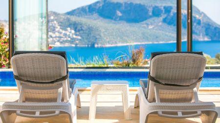 Kalkan'da Göz Alıcı, Modern, Eşsiz Deniz Manzaralı Villa