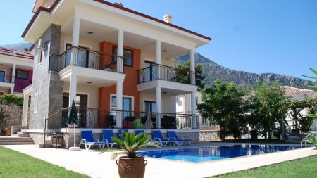 Fethiye Ölüdeniz'de Geniş ve Özel Bahçeli, Özel Havuzlu Villa