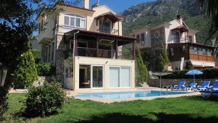 Fethiye Ölüdeniz'de Özel Havuzlu, 7 Kişilik Lüks Villa