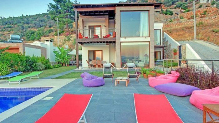 Bodrum Merkez'de, Özel Havuzlu, 4 Odalı, 9 Kişilik Villa