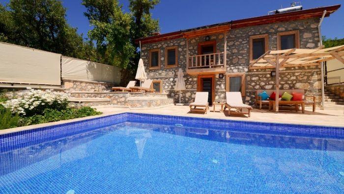 Kaş Kalkan'da Taş ve Ahşap Mimari, Balayı ve 4 Kişilik Aile Villası