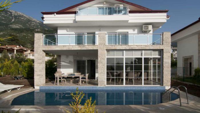 Fethiye'de Doğayla İç İçe, İhtişamlı Villa