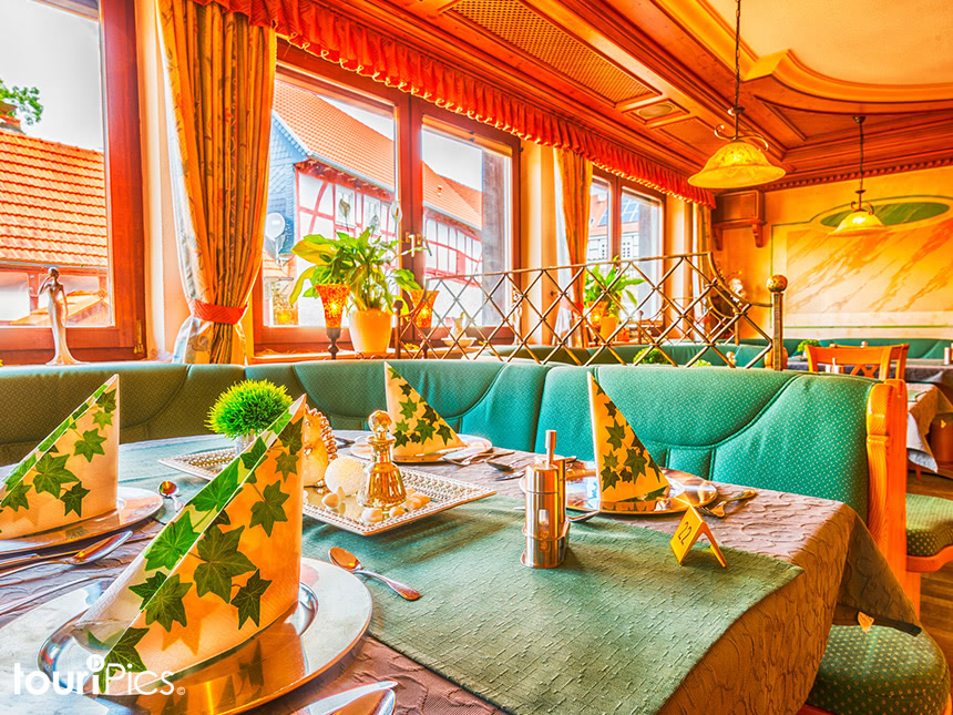 Restaurant01