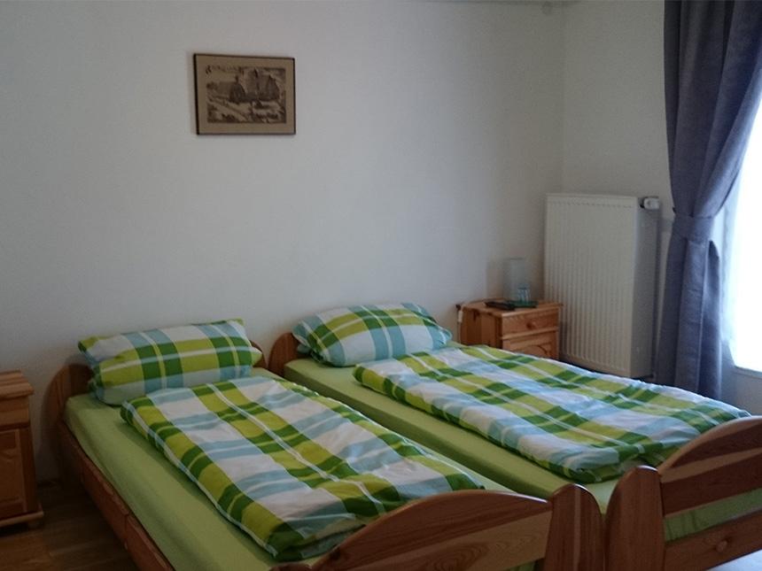 Zimmer-03