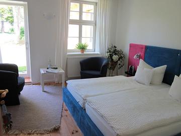 Zimmer-01