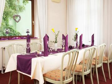 09-Restaurant-03