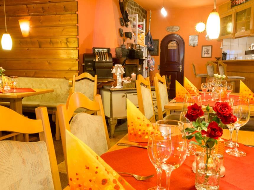 Restaurant03