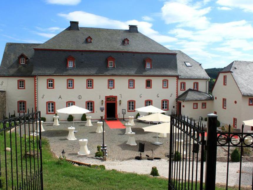 Eifel 3 Tage Urlaub Schlosshotel Burghaus Krone...