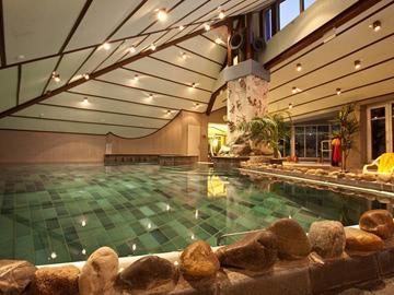 Schwimmbad01