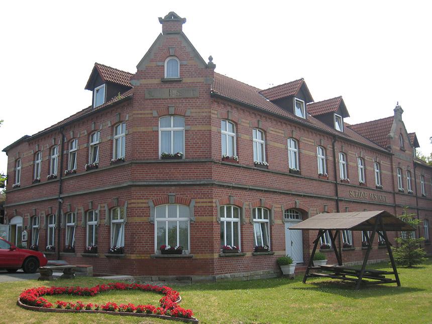 3 Tage Romatik-Urlaub im Saaletal im Hotel Schöne Aussicht mit Frühstück Angebot aufrufen