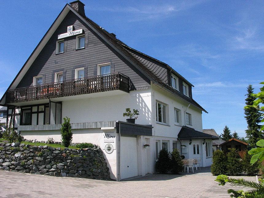 Hochsauerland 4 Tage Altastenberg Reise Gästehaus Mira Hotel Gutschein Erholung Angebot aufrufen