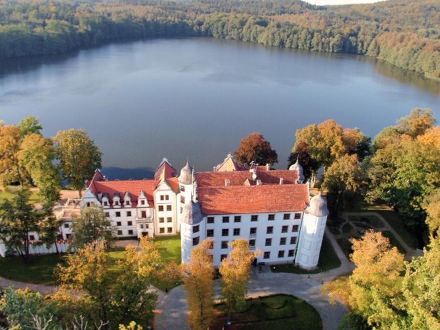 Pommern 8 Tage Polanow Reise Schloss Hotel Podewils Gutschein Halbpension Angebot aufrufen