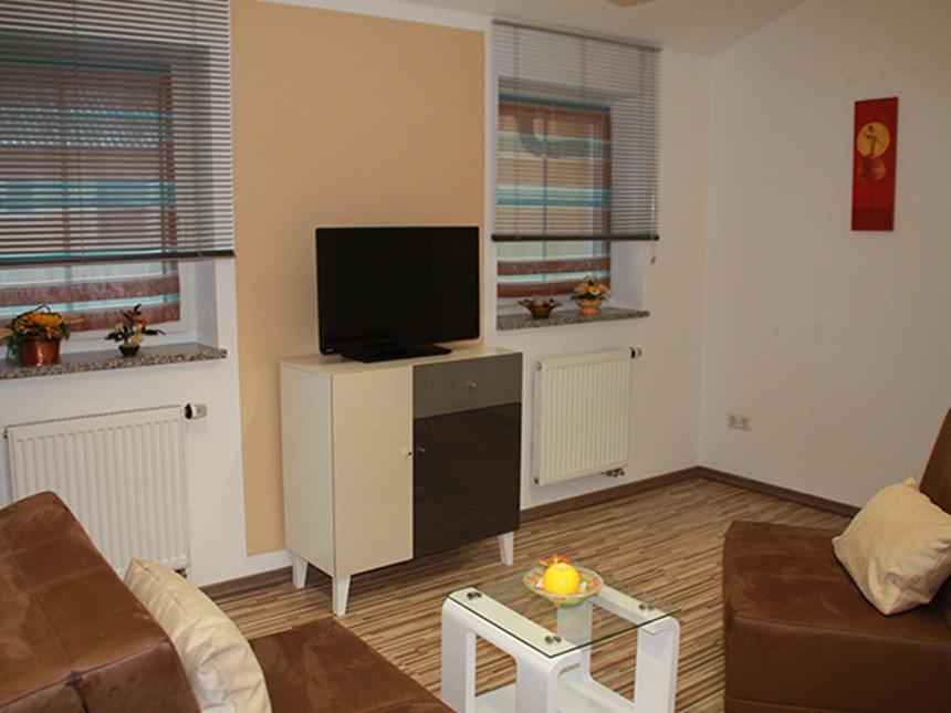Wohnzimmer-01