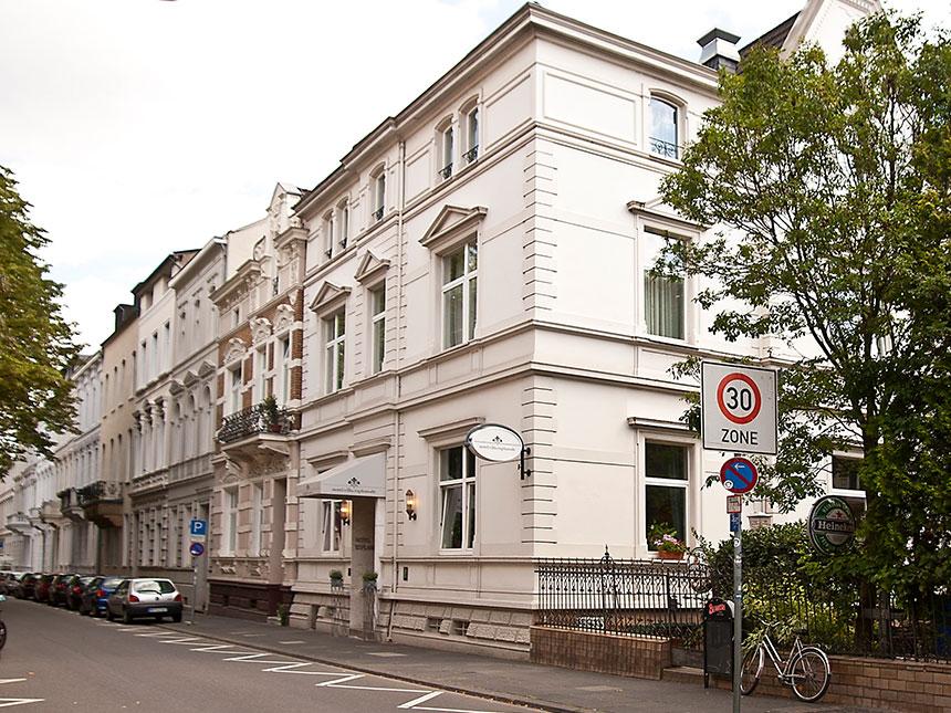 Rhein 4 Tage Bonn Städtereise Hotel Villa Espla...