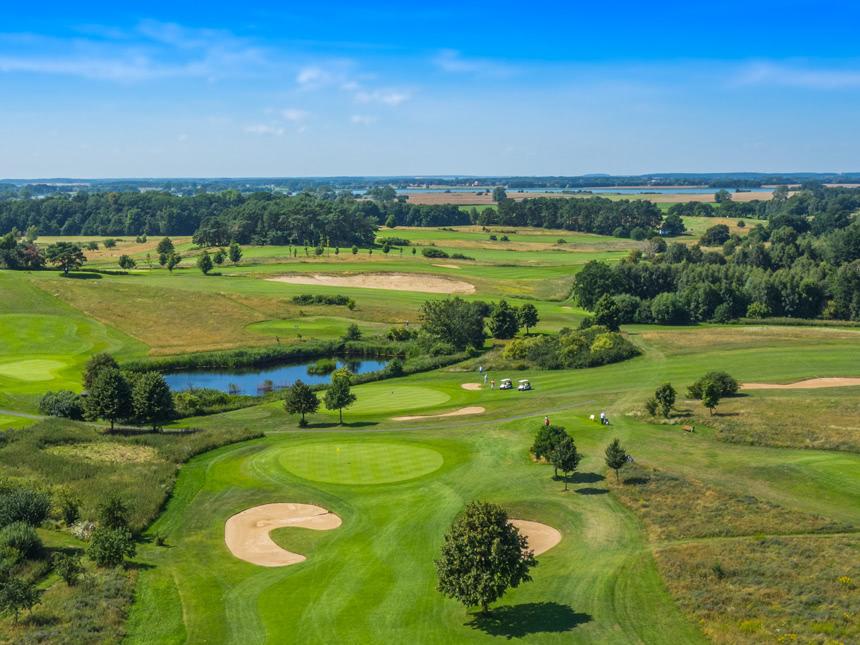 Golfplatz01