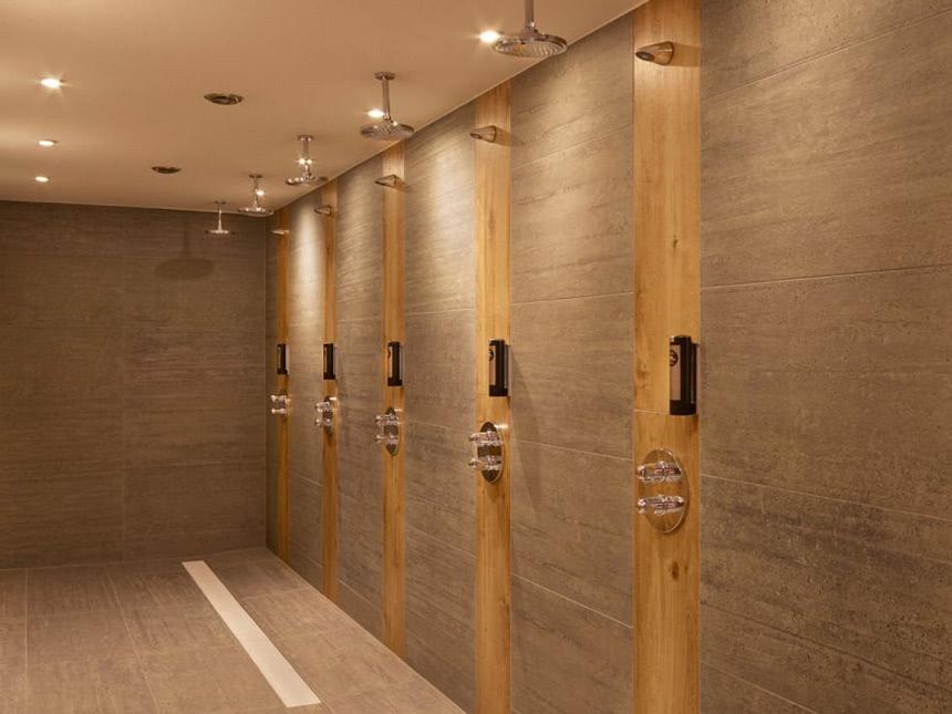 Sauna-Duschen