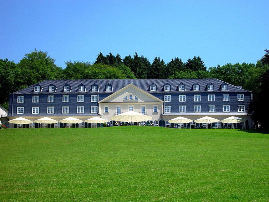 4 Tage Urlaub im Hotel Maria in der Aue in Wermelskirchen mit Frühstück
