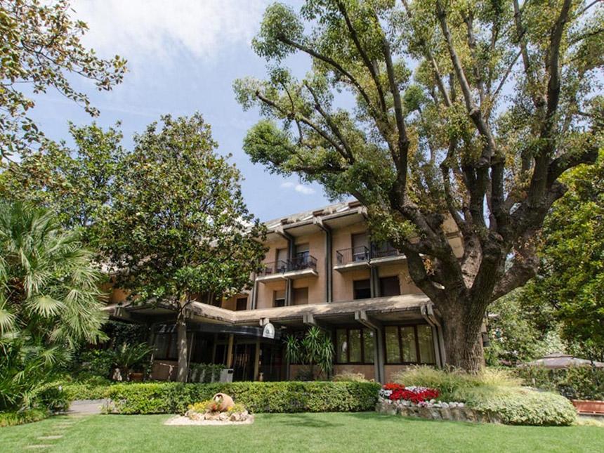 6 Tage Urlaub in Nervi bei Genua in Italien im Hotel Astor mit Frühstück