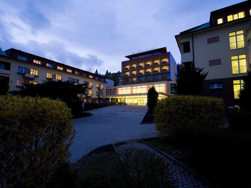 Hotel-dunkel01