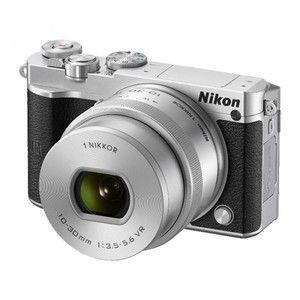 фото Nikon 1 J5 kit (10-30mm VR) Silver