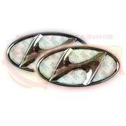 фото Slight Светодиодная подсветка эмблемы Hyundai Elantra (бело-красная)