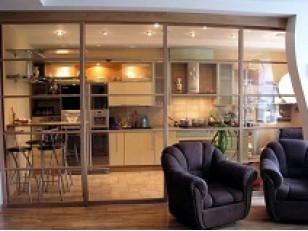 Шесть очевидных преимуществ стеклянных дверей.