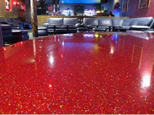 Как заставить блестеть бетонный пол