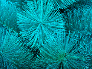 Светящаяся новогодняя ёлка - необычное украшение на Новый Год