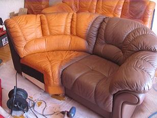 Обновляем диван: покраска в домашних условиях