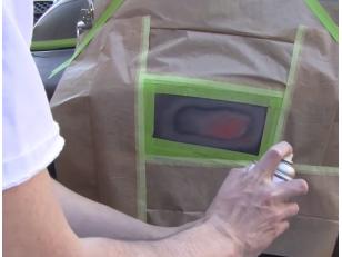 Как легко закрасить царапины и потертости на кузове автомобиля при помощи аэрозольной краски