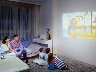 Проекционная краска – быстрый и дешевый способ сделать качественный экран для видеопроектора